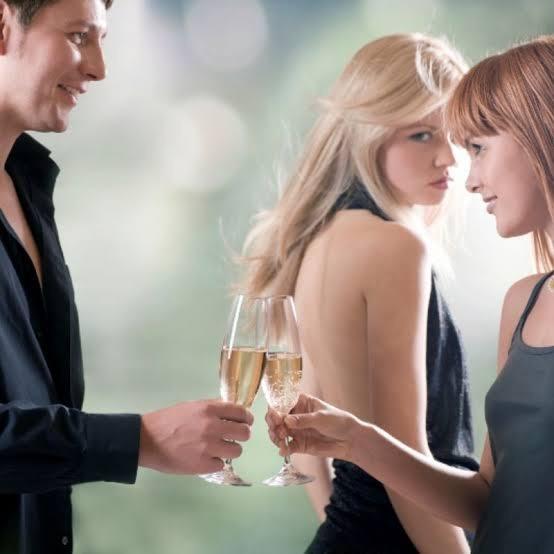 Kadınlar birbirini kıskanır mı?