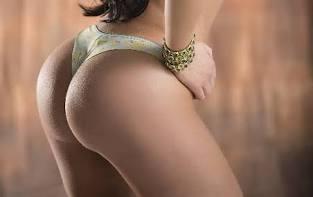 Sizce bir kadını vücudunun hangi bölgesi daha çekici yapar?