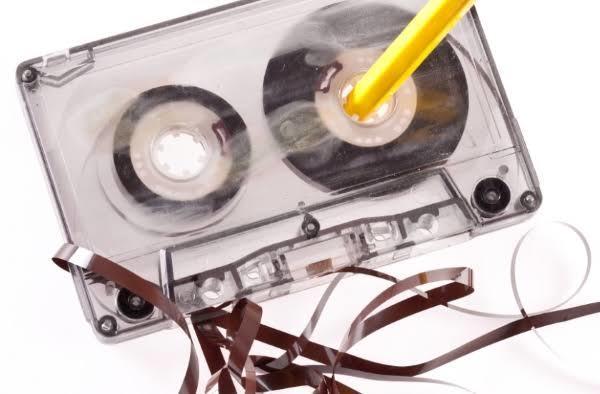 90'lı yıllarda doksanlık kasetlere hangi şarkıları doldurtuyordunuz?