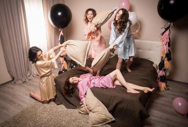 Erkekler de pijama partisi yapsaydı, partide neler konuşulurdu?