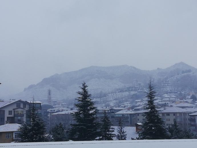 Anadolu'ya tekrardan ne güzel kar yağıyor. Sizin oralarda hava durumu nasıl?