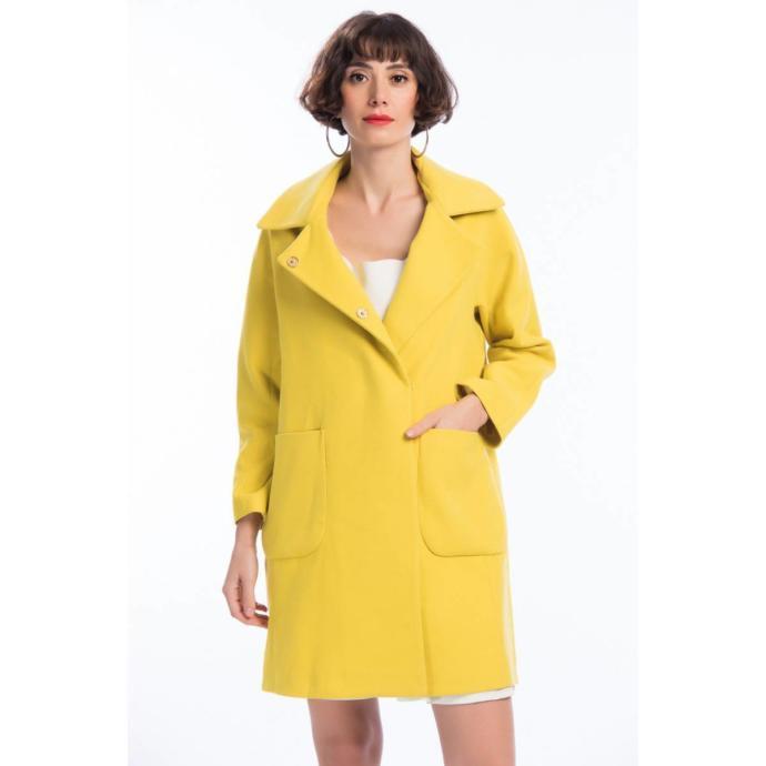 Bu kış rengarenk kabanlar moda! Peki bu renkli kabanlardan senin favorin hangisi?