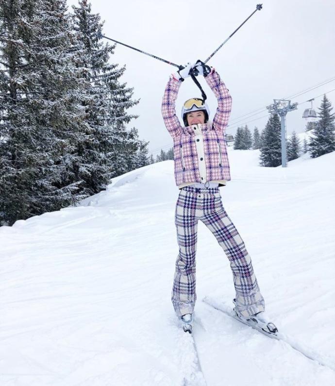 Hangi Türk ünlünün kayak stili çok daha göz alıcı?