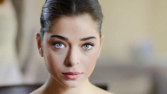 Gözleri ceylanlar kadar iri olan bu ünlü kadınlar arasında senin favorin hangisi?