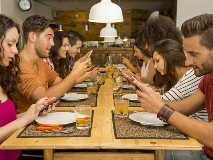 Cep telefonunuz olmadan ne kadar dayanabilirsiniz?