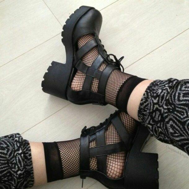 Bu ayakkabılar çok hoş değilmi sizcede?