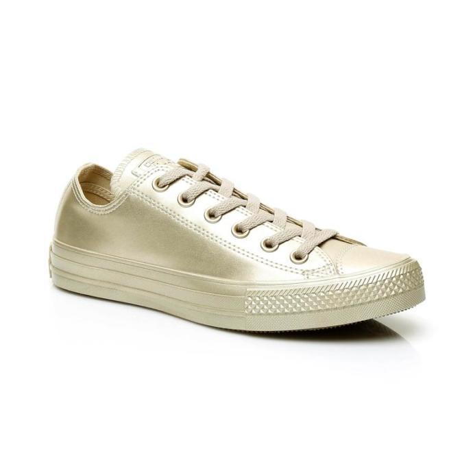 Tenise Yeni Başlayan Kız Arkadaşım İçin Ayakkabı Almak İstiyorum Fakat Karar Veremedim. Bana Yardımcı Olur Musunuz?