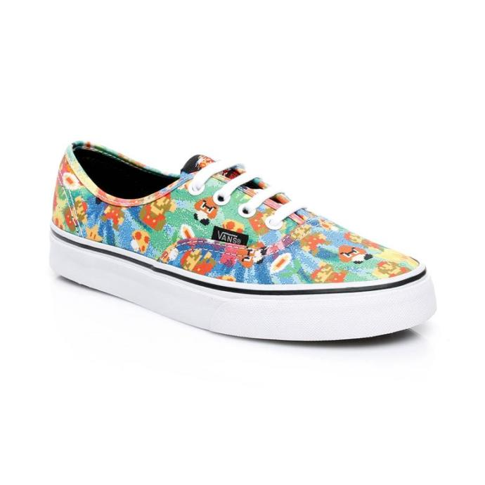Baharı şimdiden dolabına getirecekler için hangi Vans ayakkabı uygun?