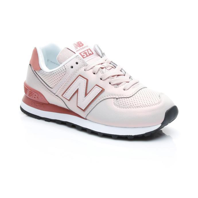 Spor salonunun pembe yıldızı olmak için hangi ayakkabıyı almalıyım?