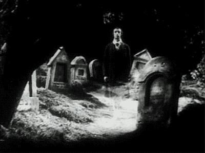 Ne kadar para verseler mezarlıkta yatardınız?