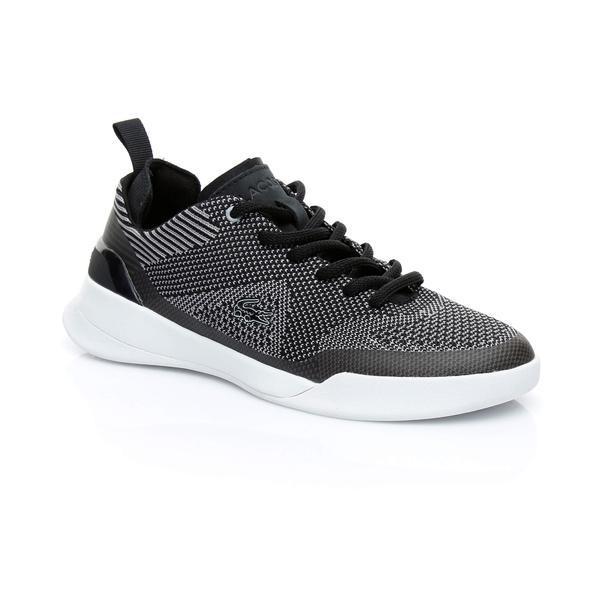 Erkekler, kadınların ayakkabı seçimine önem veriyor. Peki erkekler kadınlarda hangi model ayakkabıları görmek istiyor?
