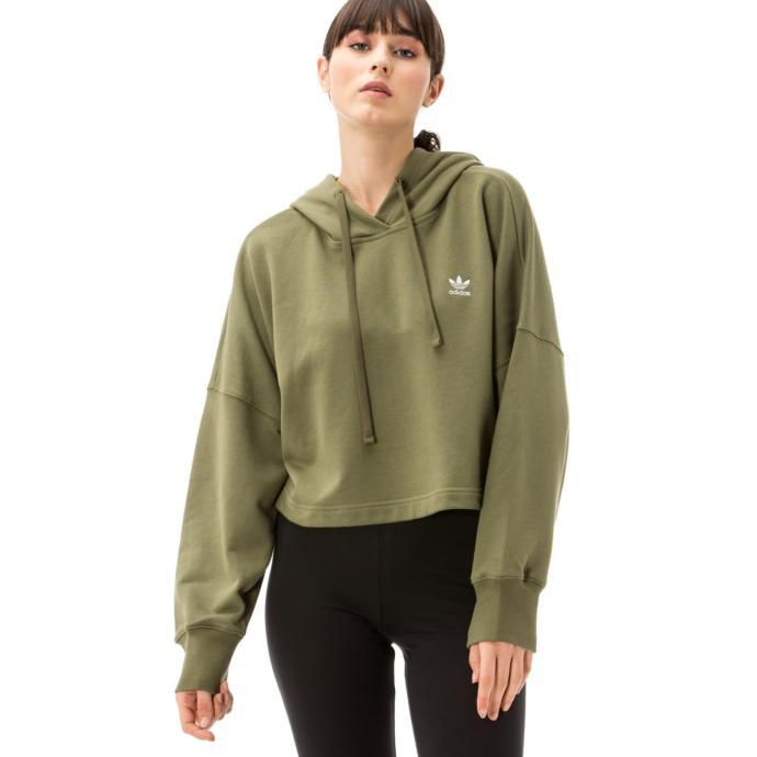 Demir eksikliği yüzünden hep üşüyen bir yakınıma sweatshirt almak istiyorum hangisi daha güzel?