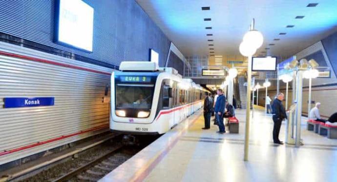 İstanbul'daki metro için 3.2 milyar, İzmir'e 30 bin lira ayrıldı. Sizce İzmir'e metro için bu kadar bütçe yeterli mi?