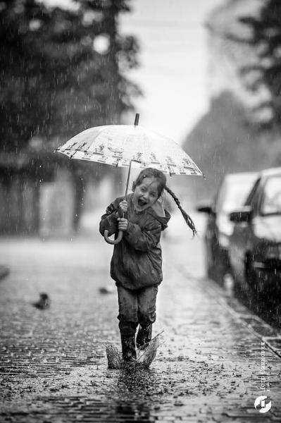 Tüm hafta içi günlük güneşlik olan sevgili gökyüzü hafta sonu neden yağmurlu olur?