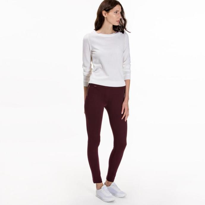 Bu kazağa hangi renk pantolon uyar?