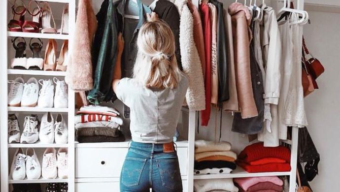 Kıyafetlerinizde çoğunlukla hangi renk hakim?