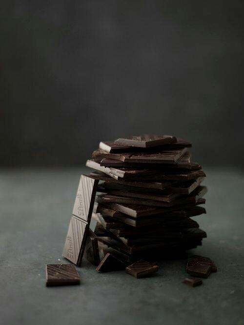 Bitter mi, kakaolu mu, beyaz mı; hangi çi̇kolatanın tadı açık ara fark atar?