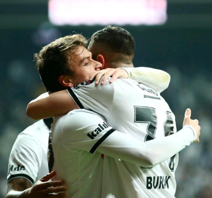 BEŞİKTAŞ 3-2 Konyaspor! Nasıldı sizce maç?