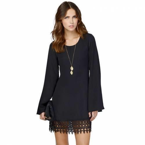 Mevsim geçişi için hangi siyah elbise daha kullanışlı olur?