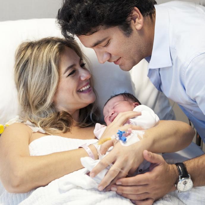 Bebeğinizin doğum anını ve doğum sonrasını dünyadaki ilk anlarını doğum fotoğrafçıları ile ölümsüzleştirmek ister misiniz?