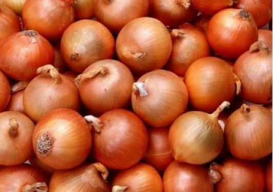 Neden soğan doğrayınca gözünüz yaşarıyor?
