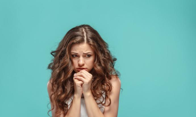 Regl öncesinde yaşanan semptomlara tıp dilinde PMS deniliyor, erkekler ise bu duruma
