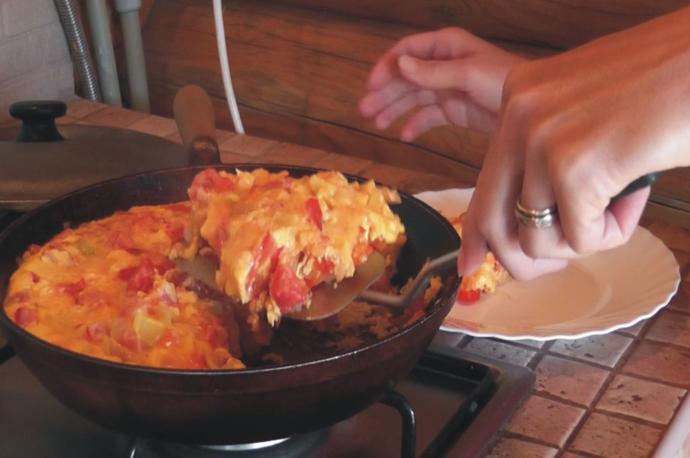 Karşı cins sabah kahvaltı da beraber menemen yiyelim mi derse ne dersin?