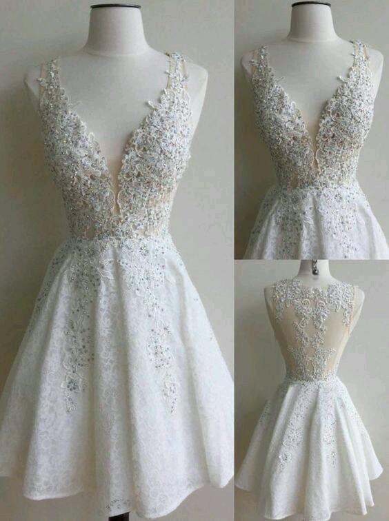 Mezuniyet Ablosu için sizce hangi elbise daha güzel?