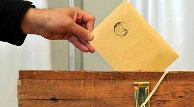 31  Mart  yerel seçimlerinde oy kullanacak mısınız?