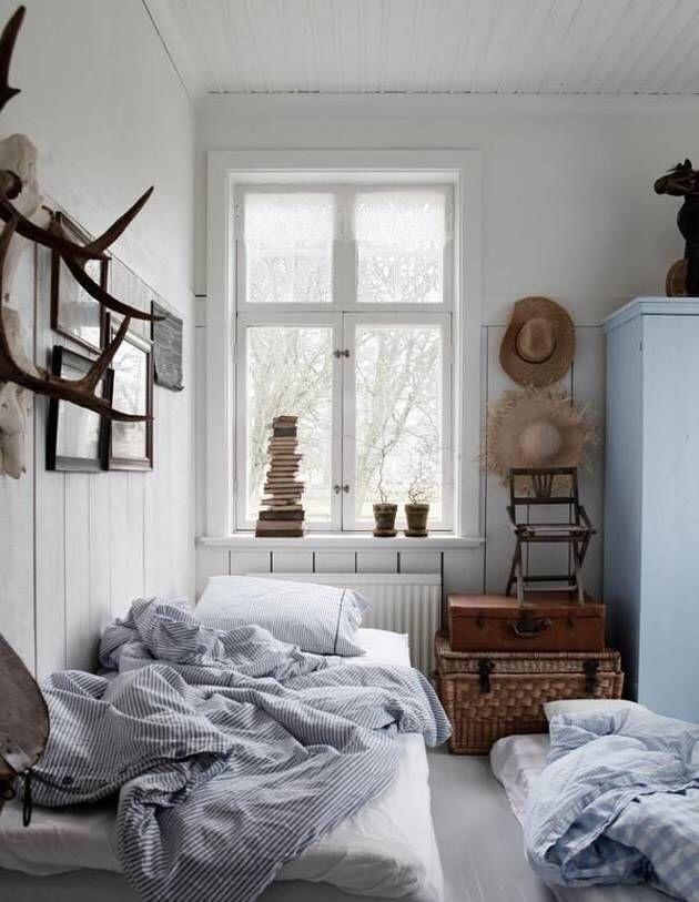 Uykudan kalktıktan sonra yatak toplama işini kim yapar?