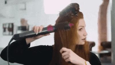 Yeni saç modelleri denemeye bayılanlar buraya! Aşağıdakilerden hangisi saç şekillendirme sürecini kolaylaştırır?