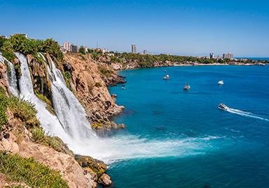 Her bir köşesi cennet Antalya'da tatil tercihin hangi bölgesi olur?