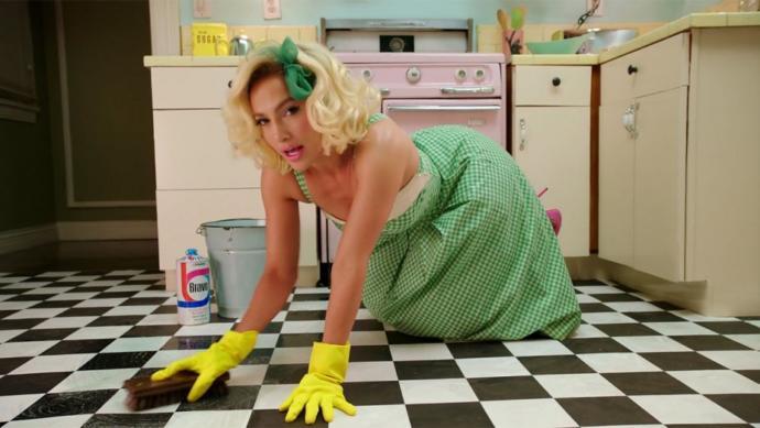 Ev işi neden sadece kadının göreviymiş gibi empoze ediliyor?