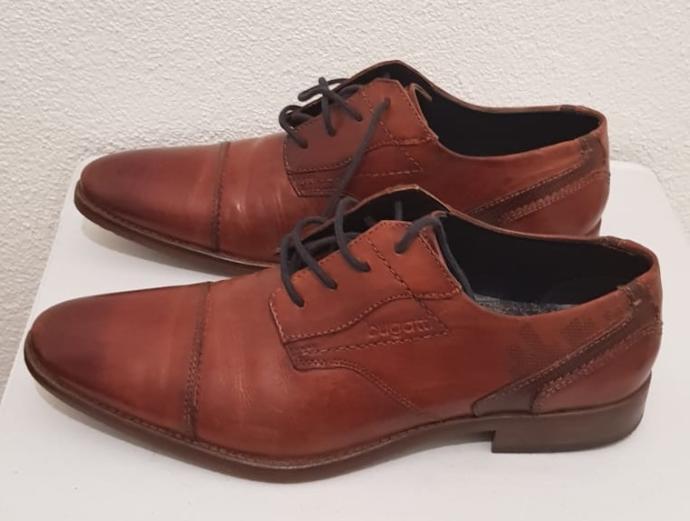 Bu klasik ayakkabılardan hangisi daha iyi?