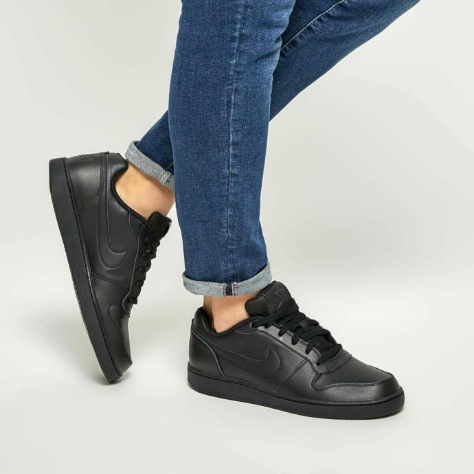 Sizce hangi ayakkabıyı almalıyım ?