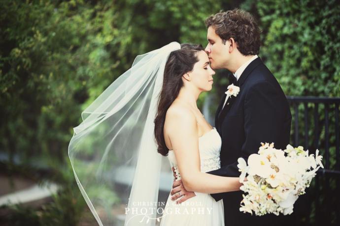 Gençler ve genç hissedenler;evlenmeme nedeniniz nedir?