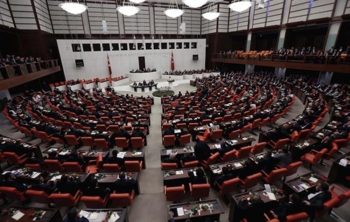 Savcılar 25 milletvekilinin yargılanması için fezleke verdi. Kılıçdaroğlu'nun da bulunduğu listede dokunulmazlık kalkarsa ne olur?