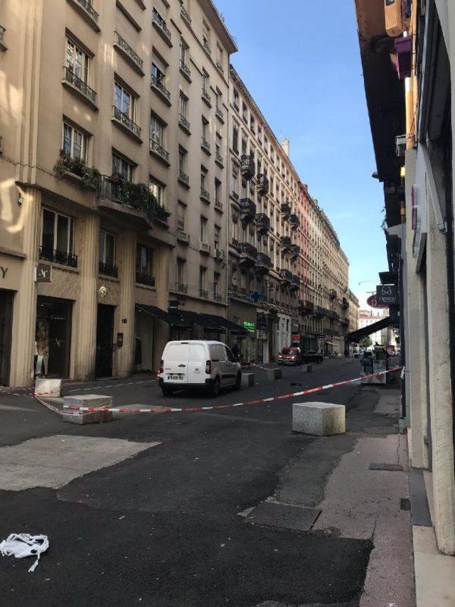 Fransa'da bombalı patlama! Sizce terör örgütü eylemi mi?