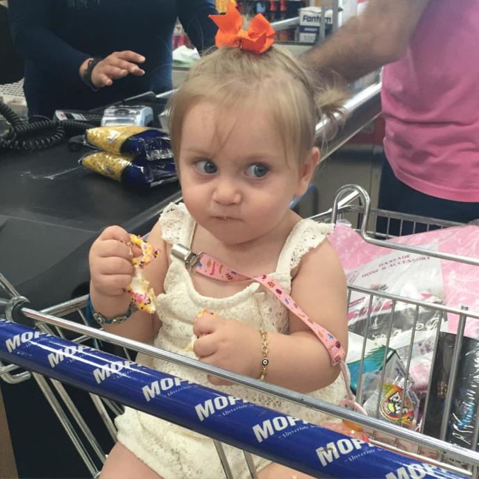 Markette kasaya gelmeden ürünü açıp yediğiniz oluyor mu?