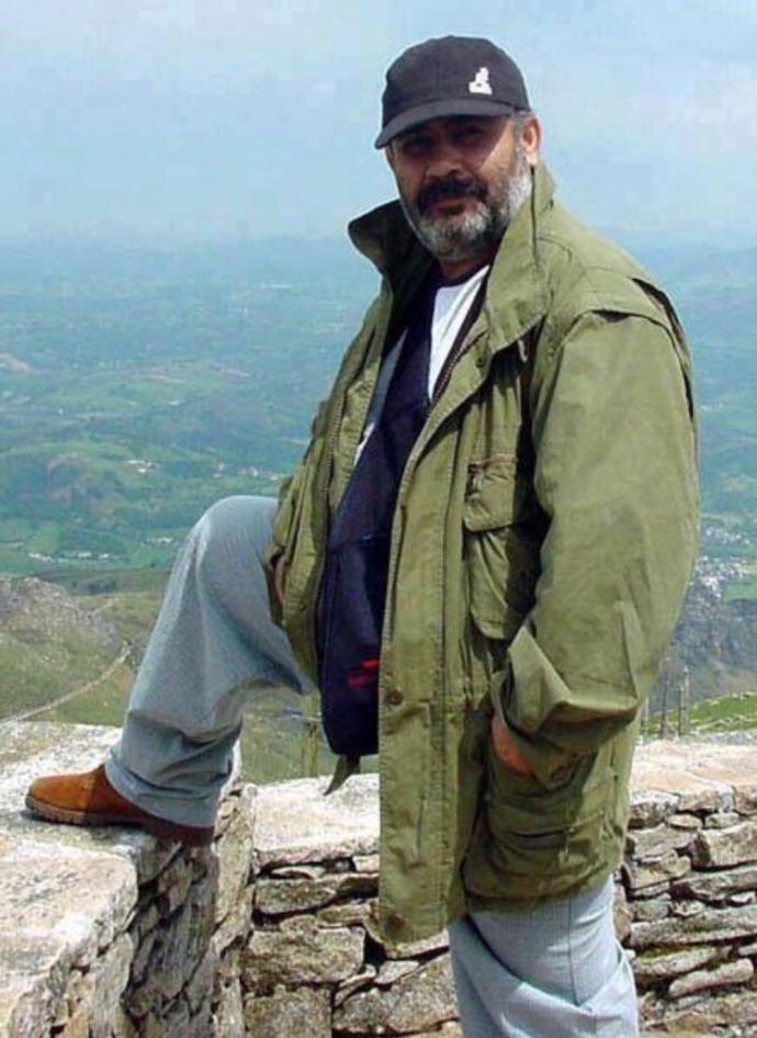 Hangi ünlüye benziyorsunuz ben sakallıyken Ahmet kayaya benzetiyorlar?
