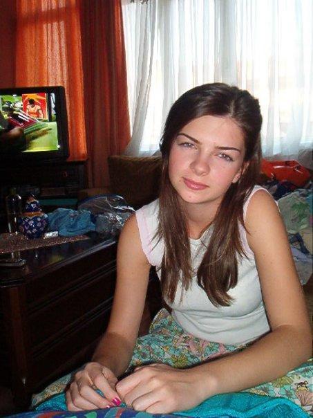 Türkiyede ki en güzel ünlü bu kız kadar güzel mi?