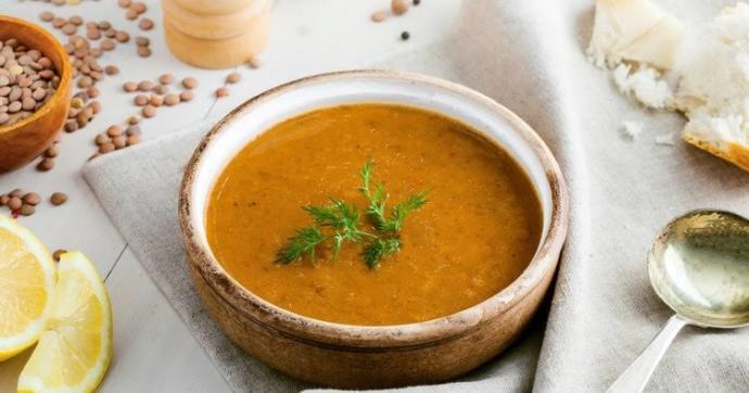 Ezogelin çorbası mı domates çorbası mı?