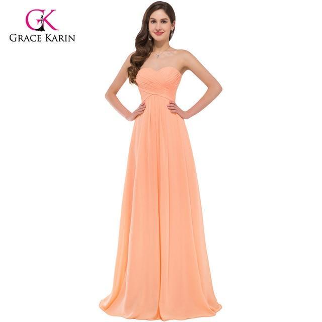 Kadınlara Göre Açık Hava Düğünlerinde , Nişan , Kına , Parti , Kokteyl Gibi Özel Gecelerde Abiye Elbise Nasıl Olmalı?