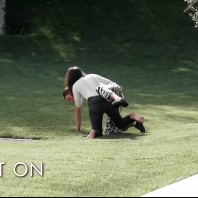 Kendall Jenner mı dövdü Kourtney Kardashian mı?