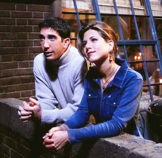 Friendste hangi çifti daha çok seviyordunuz  ??