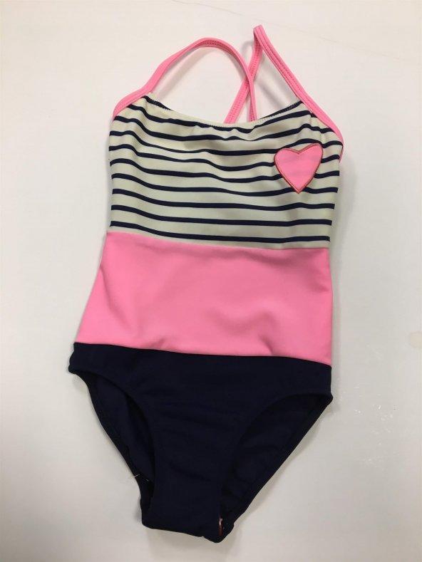 Bu yaz kızınız mayo mu yoksa bikini mi giyecek?