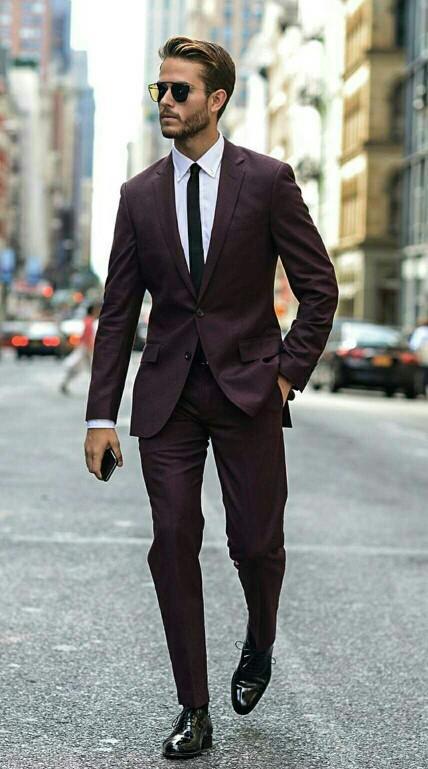 Bir erkeğin giyim tarzı nasıl olursa göze çekici gelir?