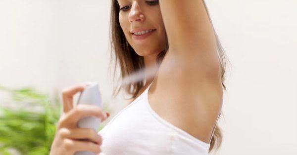Deodorant reklamındaki oyuncuların neden koltuk altlarında hiç kıl yok?