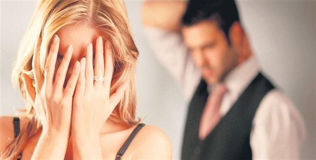 Sevgilinizin sizi artık sevmediğini öğrendiğiniz gün, ilişkinize devam eder misiniz?