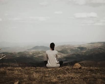 Herseyden uzak kalıp insanin kendisini dinlemesine ihtiyacı vardır. Pekı böyle zamanlarda neler yaparsınız nasıl uzaklașırsınız?